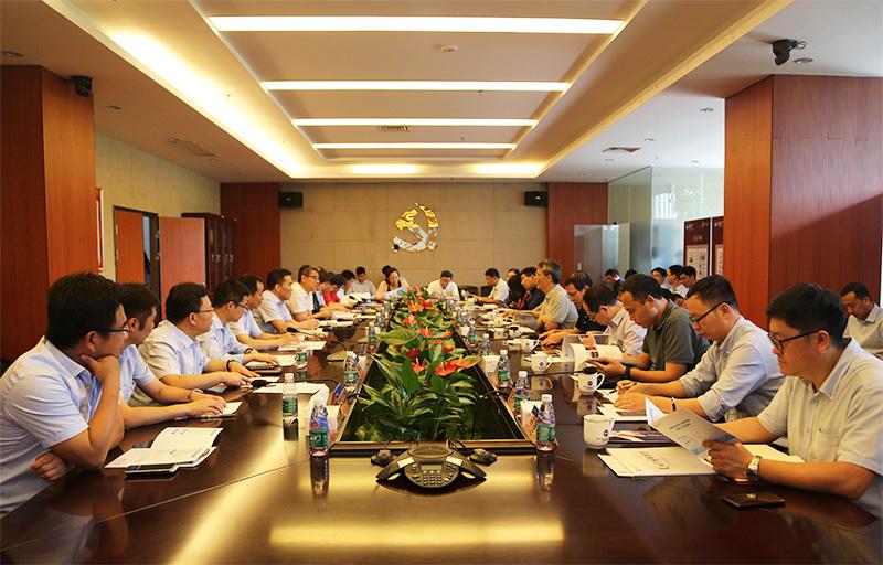 中国工程院可再生动力法施行状况评价研讨项目组一行到明阳调研